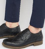Red Tape , Brogues In Black Milled Leather