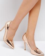 Truffle Collection , Metallic Point High Heels