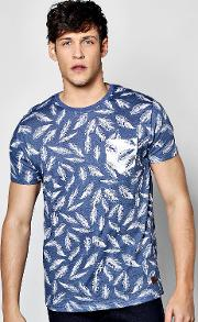 Boohoo , Over Feather Print T Shirt - Blue