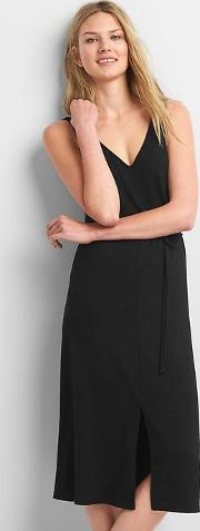 Gap , Softspun Strappy Midi Dress True Black