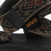Teva , Winsted Robles Brown Uk 12