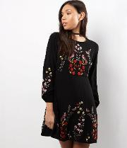 New Look Petite , Petite Black Embroidered Long Sleeve Skater Dress