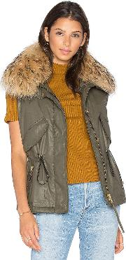 Sam , Dakota Vest With Asiatic Raccoon Fur