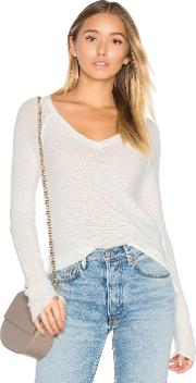 Susanne Karlsson , Jonas Deep V Sweater
