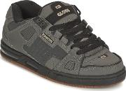 Globe , Sabre Men's Shoes (trainers) In Grey