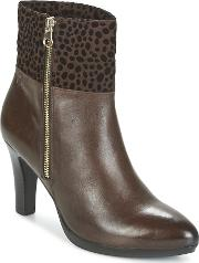Caprice , Fibelle Women's Low Ankle Boots In Brown