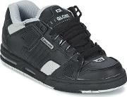 Globe , Sabre Men's Shoes (trainers) In Black