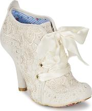 Irregular Choice , Abigails Third Party Women's Low Boots In White