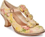 Neosens , Rococo Women's Court Shoes In Yellow