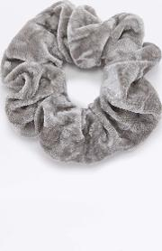 Urban Outfitters , Crushed Velvet Scrunchie Hair Band