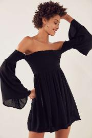 Ecote , Elora Black Off The Shoulder Smocked Dress