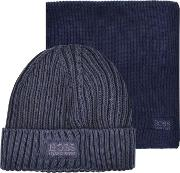 Boss Green , Hat And Scarf Gift Set